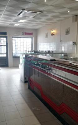 Café snack bar no centro de Montelavar